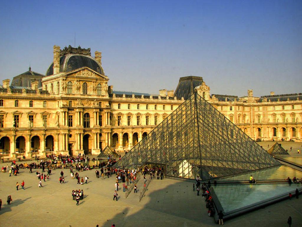 Majestic Louvre